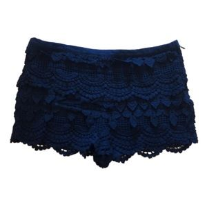 Lush Black Crochet Lace Layered Mini Shorts Small